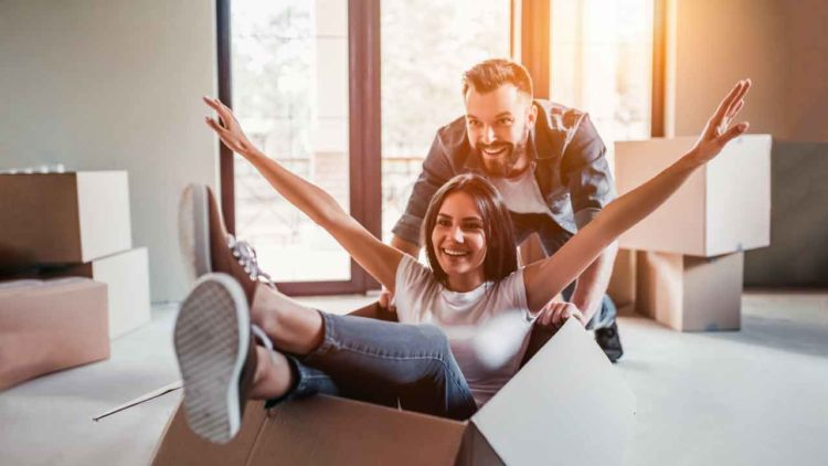 Darf ich trotz Insolvenz mit meinem Partner zusammenziehen?